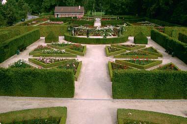 Замок + музей + розарий Шато-де-Колома (Фото: www.natuurenbos.be)