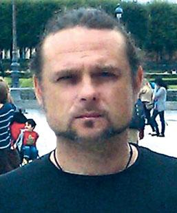 Владислав Разкевич