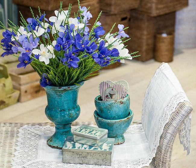 Искусственные цветы (Фото: Катерина Садовая)