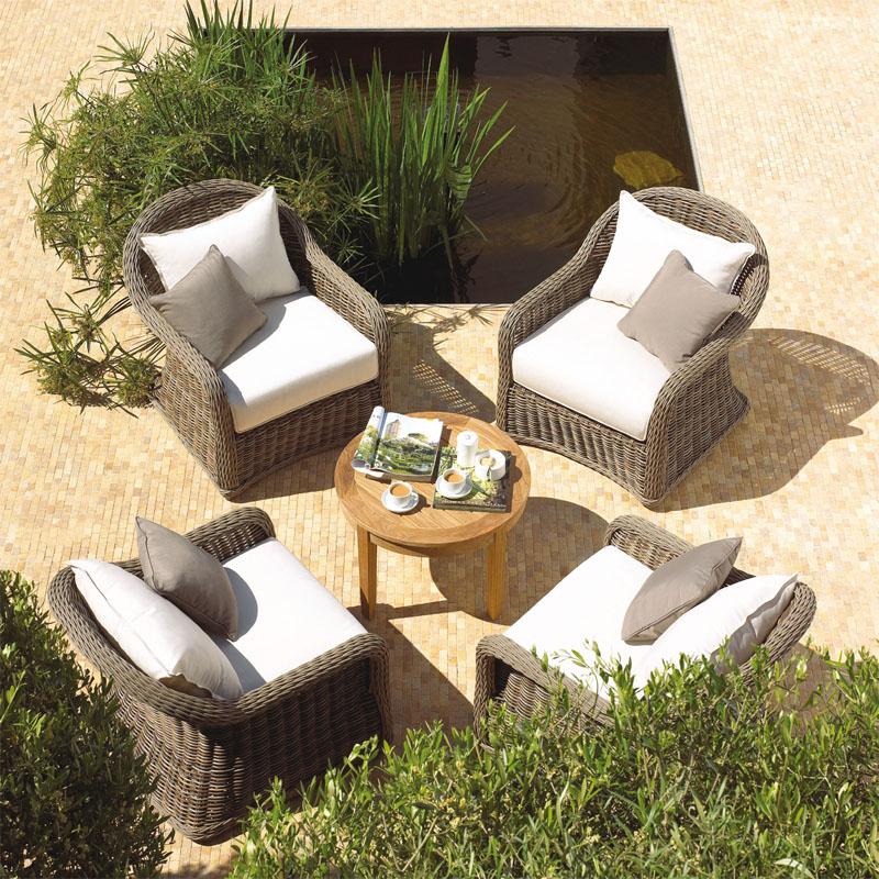 Садовая мебель (Фото: TEAK HILL)
