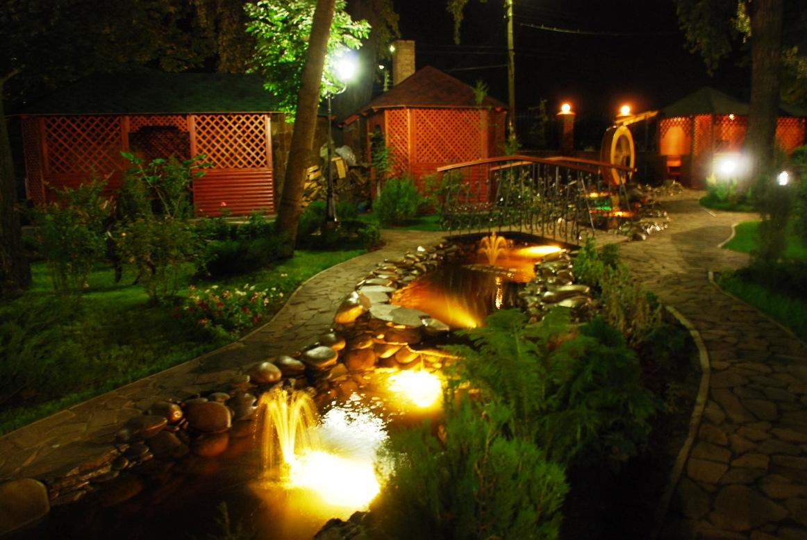 Верхний свет в саду