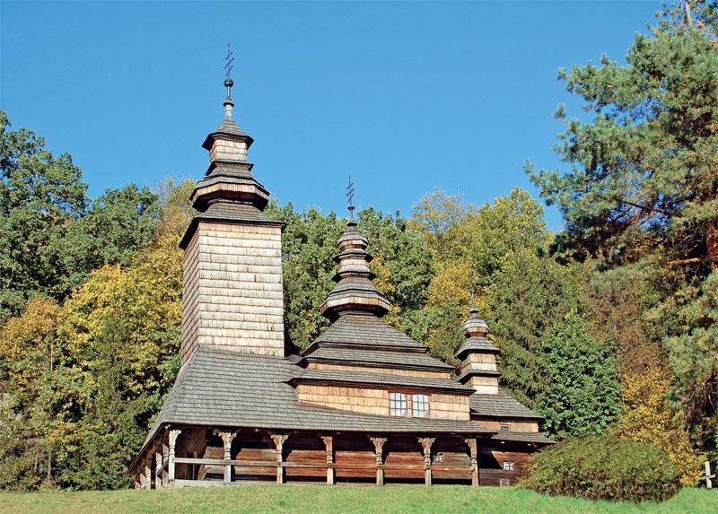 Деревянная церковь была центром, от которого и разрасталось каждое украинское село