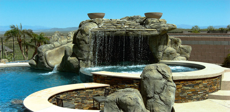 Водопад с гротом
