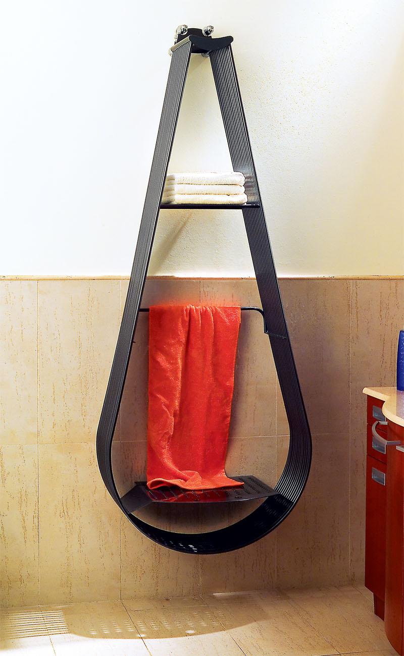 Форма полотенцесушителя должна соответствовать интерьеру ванной комнаты