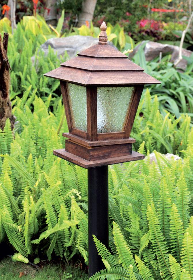 Светильник для освещения территории