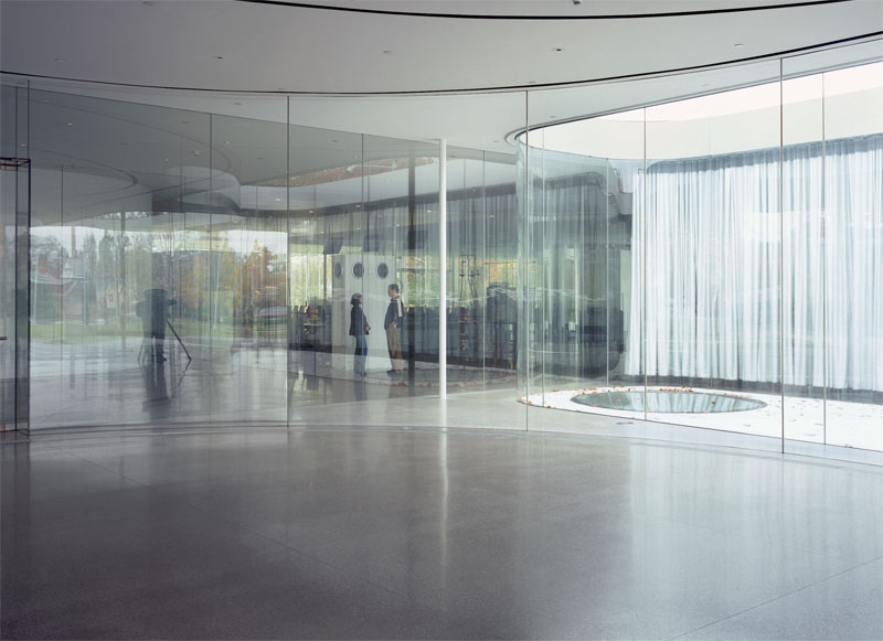 Скляний павільйон Художнього музею в Толедо (Огайо, США, 2006) (Фото: Hisao Suzuki, Courtesy of SANAA)