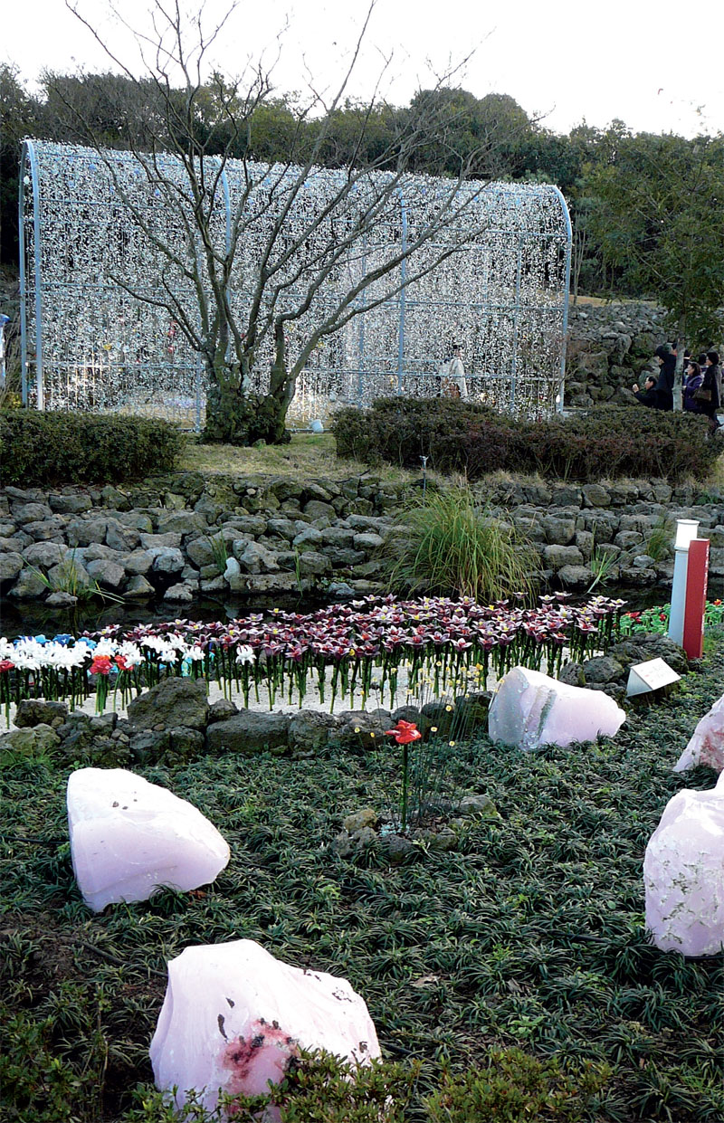 Пергола в саду (Фото: Константин Вихляев)
