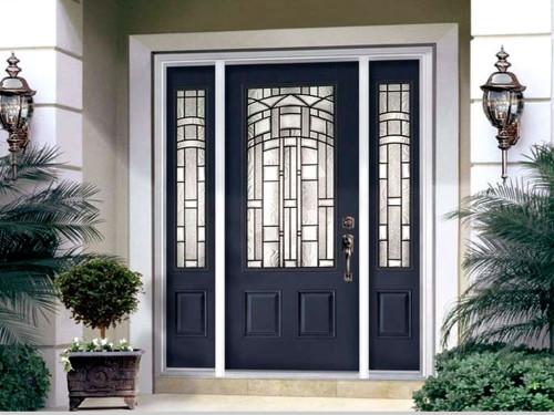 Как выбрать входную дверь в коттедж