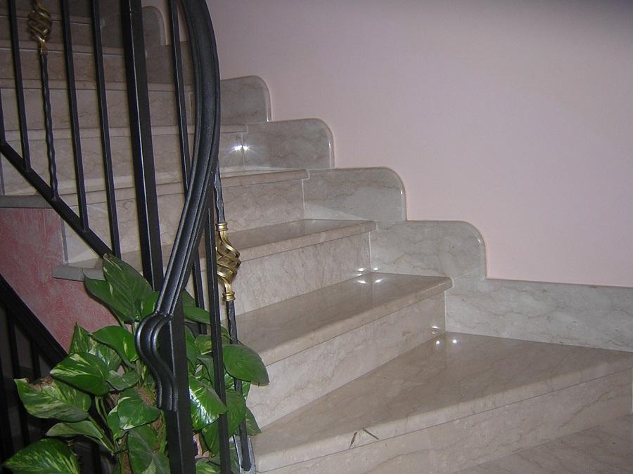 Особенности монтажа лестниц из натурального камня