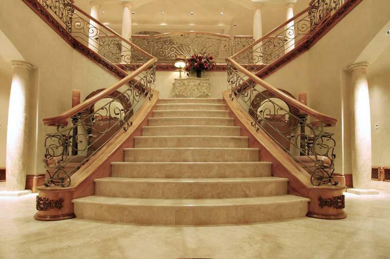 Преимущества лестниц из натурального камня