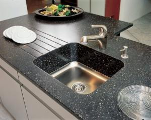 Кухонные мойки из камня - красиво и надежно