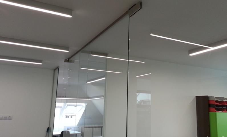 Светодиодные светильники линейные подвесные для торговых залов