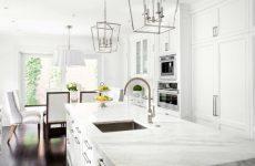 Белая кухня в разных стилях интерьера