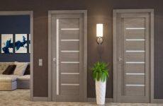 Предлагаем купить межкомнатные двери из массива дерева в Москве по привлекательной цене