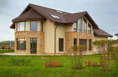 Какой материал выбрать для фасада дома?